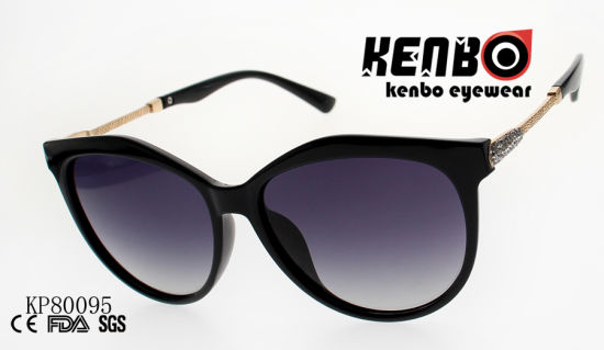 Fashion Plastic Sunglasses with Metal Pattern Carved Temple Kp80095