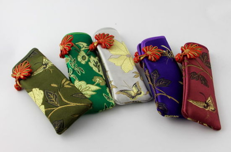 Glasses Case Made of Cloth with National Flowers and Knot E